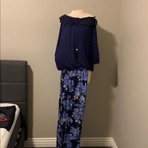 Iman casual wear navy top and flower med